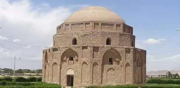 صور - افضل عشر اماكن سياحية في ايران بالصور