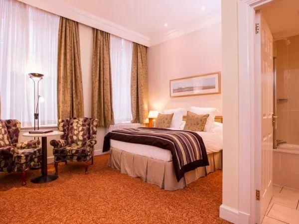 ديكورات غرف نوم 2018 فندقية