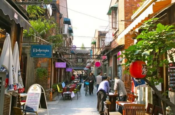 منطقة تيانزيفانج من افضل اماكن سياحية في شنغهاي