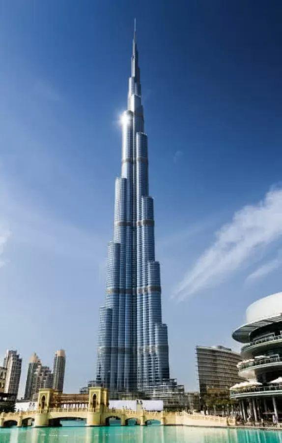 برج خليفة من اجمل اماكن سياحية في الامارات