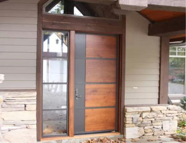 المزج بين الخشب والصلب فى ابواب المنازل