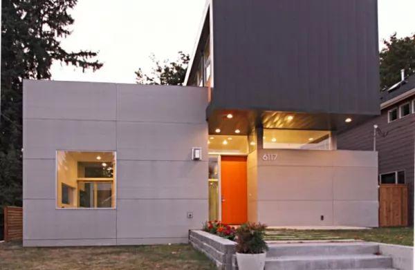 اللون البرتقالى من الوان ابواب المنازل الجديدة