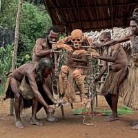 ماذا تعرف عن عادات وتقاليد شعب أسمات ؟